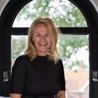 large-Lonneke Deutekom foto Paula van der Post